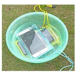 Герметичный непромокаемый чехол для телефона , цвет - фиолетовый, ПВХ, рис. 4 - Swimi - интернет магазин